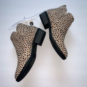 NEW Women's Dylan Microsuede Bootie Size 5 1/2W